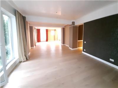 Apartament pe parter cu gradina - Laguna Residence ! Pretabil birouri, salon, cabinet medical !